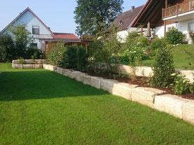 Jergens Garten- und Landschaftsbau. Pflanzarbeiten