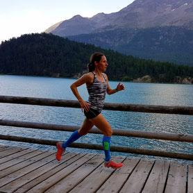 Anja beim Laufen im Höhentrainingslager