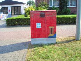 Vor der  TOTAL-Tankstelle an der Heeker Str.: Lars Wenninghoff, Justin Fuhrmann