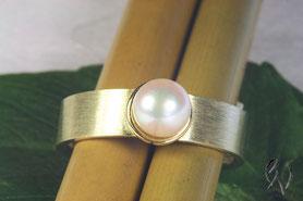 Ring Gold mit Akoyaperle