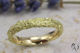Ring Gold 750/-, Zerknittert