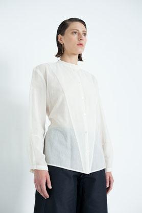 lockere Kimonobluse aus feiner cremeweißer Bio-Baumwolle zum Binden
