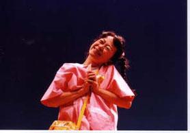 劇団パノラマ☆アワー『キンダーポケット』こくぶももこ            (2001年 中島仁實氏撮影)