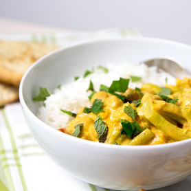 Exotic cauliflower chickpea curry with naan bread.