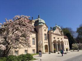 Das alte Königliche Kurhaus im nahen Bad Reichenhall im Berchtesgadener Land