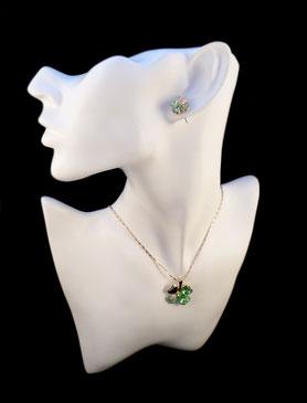 Parure trèfle à quatre feuilles dorée verte collier et boucles d'oreilles