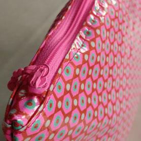 Les Ateliers de Blanche Ateliers couture activité enfant la Balme de Sillingy Annecy 74 pochette finition fermeture éclair loisirs créatifs diy