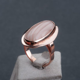 60er Jahre Ring, Streifen Achat Aprikose, Rosegold, mishmish Unikatschmuck