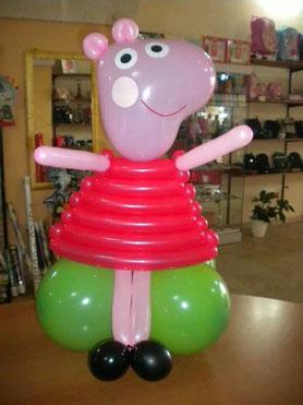 figura de globos pepa pig