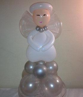 angel de globos elegante