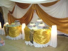 decoración con tela mesa principal