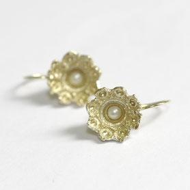 zeeuwse oorbellen 14 k goud. exclusieve sieraden, handgemaakt