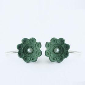 zeeuwse oorbellen porselein, porseleinen sieraden, zeeuwse sieraden