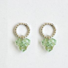 swarovski oorbellen in zilver en groen swarovski, handgemaakte sieraden, swarovski sieraden