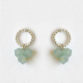 swarovski oorbellen aqua in zilver, handgemaakte sieraden, swarovski sieraden