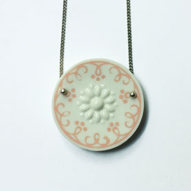 porseleinen ketting wit roze
