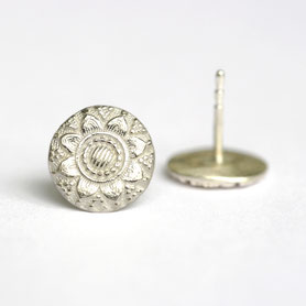 zilveren zeeuwse oorstekers, handgemaakte sieraden