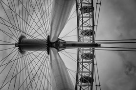 Blick nach oben: London Eye