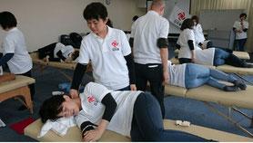 大分別府 頭痛専門ここまろ調整院 院長が技術練習に励んでおります。
