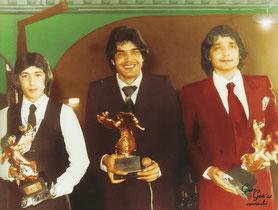 Los Chichos con sus premios Suiza por ser  los artistas rumberos mas contratado en un mismo año    otorgados por los emigrantes de Ginebra  (1981)