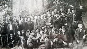 1. Mee 1946