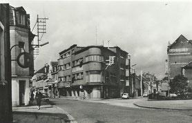 Grand-Rue - rue du Centre avec à la droite le Cinéma Palace