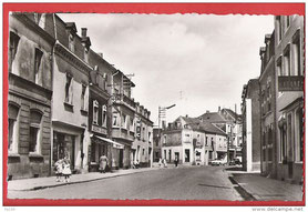 Rue de Rodange vers route de Pétange  Au Fond à gauche la rue du Lavoir