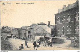 Maison Flesche et rue du Pont