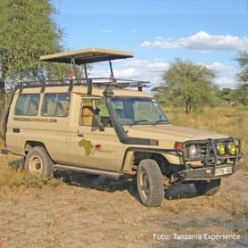 Campingsafari mit dem Geländewagen in Tanzania