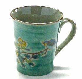 九谷焼通販 おしゃれなマグカップ マグ 金糸梅に鳥緑塗り『裏絵』正面の図