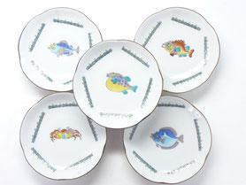 母の日 ギフト 九谷焼通販 おしゃれ お皿  皿揃え 和食器 4寸 梅型 魚紋 裏絵