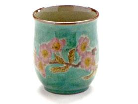 九谷焼通販 おしゃれなお湯呑 湯飲み ゆのみ茶碗 小 ソメイヨシノ 緑塗り 裏絵