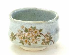 九谷焼通販 おしゃれな抹茶茶碗 抹茶碗 茶道具 しだれ桜 正面の図
