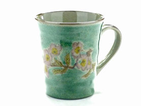 九谷焼通販 おしゃれなマグカップ マグ ソメイヨシノ緑塗り『裏絵』正面の図