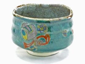 九谷焼通販 おしゃれな抹茶茶碗 抹茶碗 茶道具 宝尽くし 緑塗り 正面の図