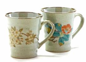 九谷焼通販 おしゃれなマグカップ マグ ペア セット  しだれ桜&椿に鳥 裏絵 正面の図