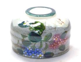 九谷焼通販 おしゃれな抹茶茶碗 抹茶碗 茶道具 がく紫陽花 正面の図
