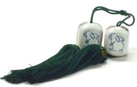九谷焼通販 おしゃれ 風鎮 掛け軸小物 床の間 白兎ソメイヨシノ 松梅桜 四角