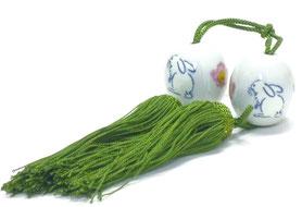九谷焼通販 おしゃれ 風鎮 掛け軸小物 床の間 白兎ソメイヨシノ 長丸