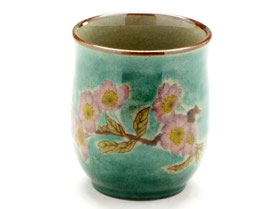 九谷焼通販 おしゃれなお湯呑 湯飲み ゆのみ茶碗 大 ソメイヨシノ緑塗り 裏絵