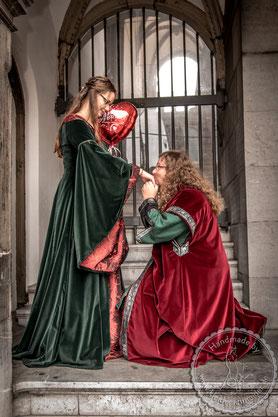mittelalterliches Hochzeitsgewand