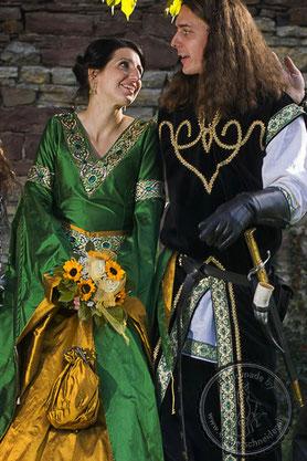 Mittelalterliche Hochzeit Gewandungen