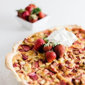 Erdbeer-Rhabarber-Wähe.
