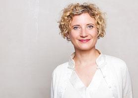 Dr. Michaela Röll, Literaturagentin