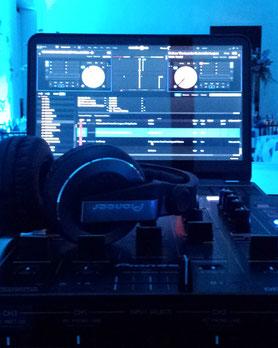 Karaoke Luz y Sonido Equipo dj con software Serato Video