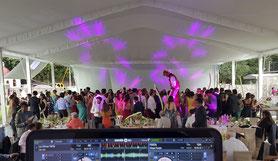 gente bailando con dj para fiestas equipo PREMIER KLS