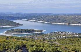 lac Sainte Croix île de Costebelle