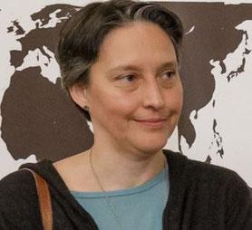 """Vortrag-Weltladen:  """"Meine. Deine. Eine Welt."""" - Karlsruher Preisträger - Ingeborg Pujiula – Bildrechte: SEZ"""