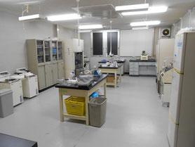 研究所の写真です。