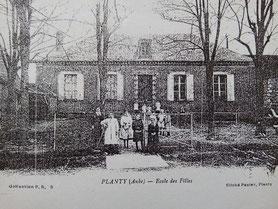 Ecole des filles (dans les années 1910)